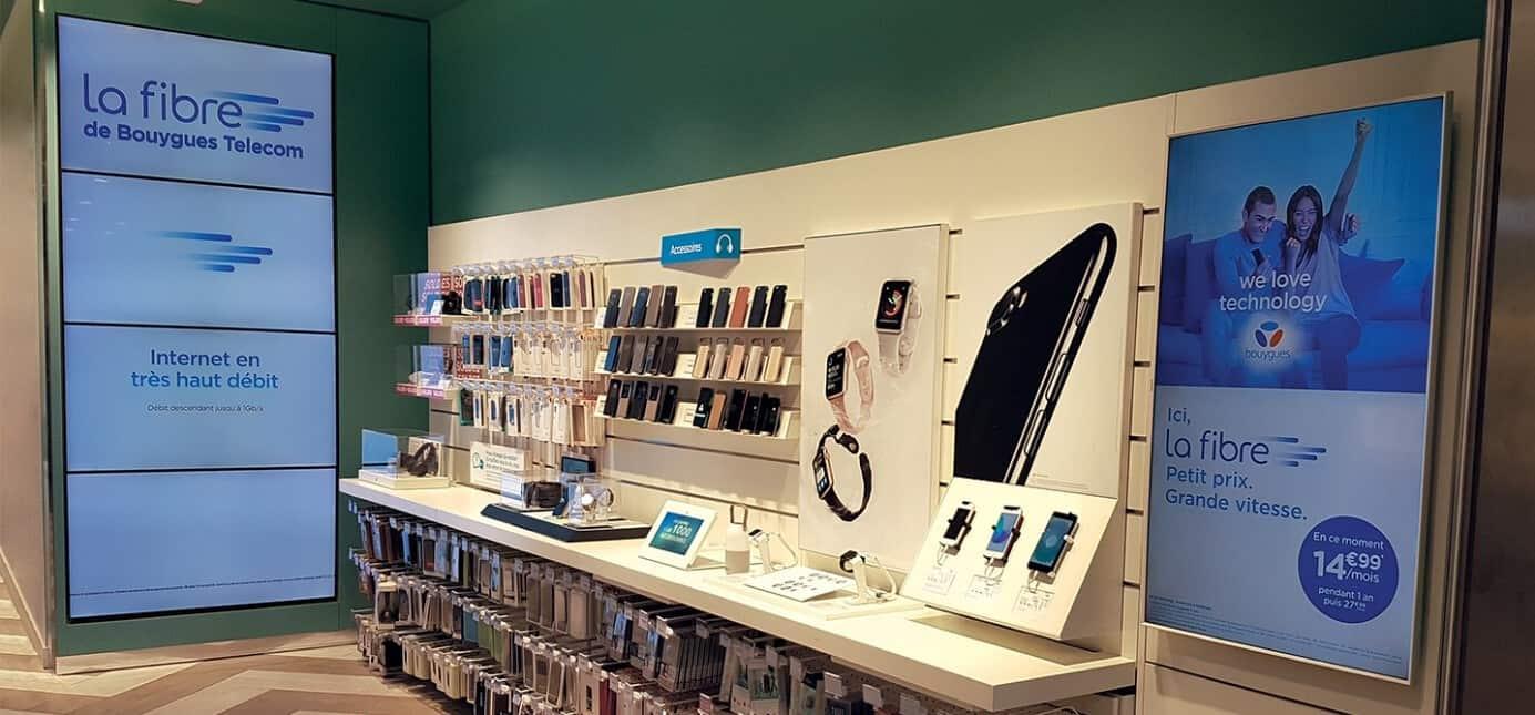 Boutique Bouygues Telecom équipé d'écrans et de tablettes d'affichage dynamique